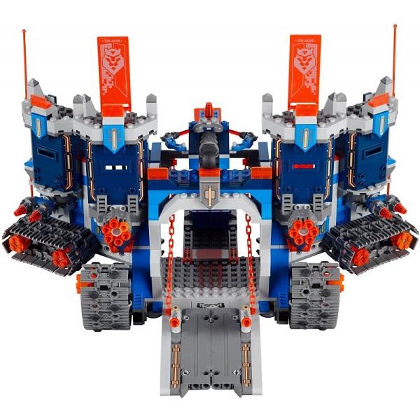 70317 -lego-nexo-knights-fortrex-8