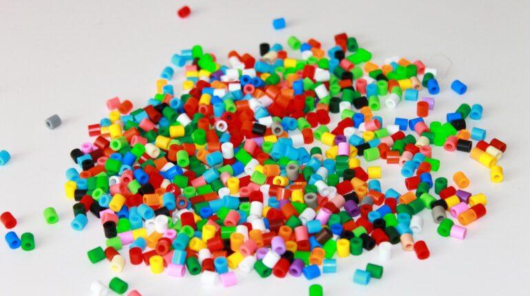 Kolorowe koraliki do prasowania Hama