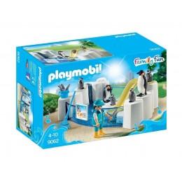Playmobil Family Fun 9062 Basen dla pingwinów ze zjeżdżalnią