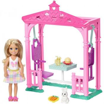 Barbie - Club Chelsea - Piknik w ogrodzie - Zestaw z lalką FDB34