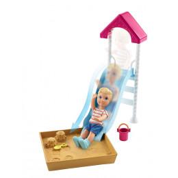 Barbie - Opiekunka Skipper - Plac zabaw ze zjeżdżalnią - FXG96