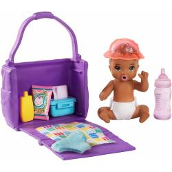 Barbie - Opiekunka Skipper - Dziecko z akcesoriami do przewijania - GHV86