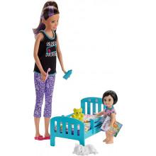 Barbie - Lalka Skipper Opiekunka - Zestaw z łóżeczkiem – GHV88