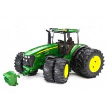 Bruder - Traktor John Deere 7930 z podwójnymi kołami – 03052