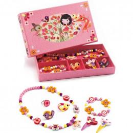 DJECO - Zestaw biżuterii drewnianej - Kwiaty 06570