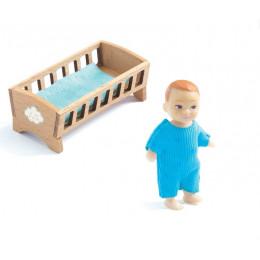 DJECO – Figurka chłopczyka z łóżeczkiem 07834