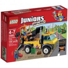 Klocki LEGO Juniors 10683 Ciężarówka do Robót Drogowych