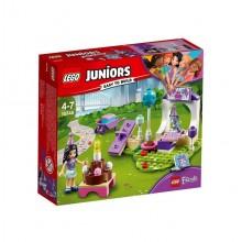 LEGO® Juniors 10748 Przyjęcie dla zwierzaków Emmy