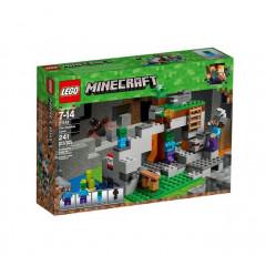 LEGO® Minecraft™ 21141 Jaskinia Zombie