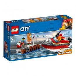 LEGO® City 60213 Pożar w dokach