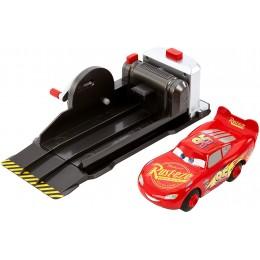 Auta Cars - Zygzak McQueen - Kaskaderskie sztuczki z wyrzutnią - FRV84