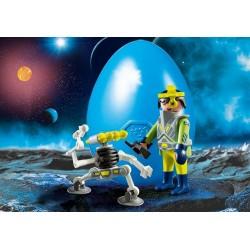 Playmobil Special Plus 9416 - Space Agent z robotem