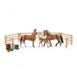 Schleich - Rodzina koni hanowerskich na pastwisku - 42405