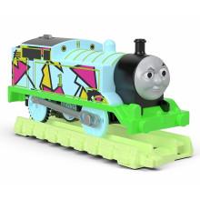 Tomek i Przyjaciele Trackmaster - Hyper Glow - Świecący Tomek z torami FVJ73