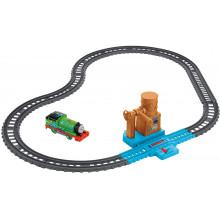 Kolejka Tomek i Przyjaciele Trackmaster - Zestaw z wodną wieżą i Piotruś - FXX64