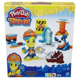 Ciastolina Play-Doh Town B5972 Budowniczy i Wierny Pies