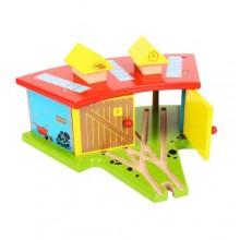 BJT119 Zajezdnia dla trzech lokomotyw do kolejek drewnianych
